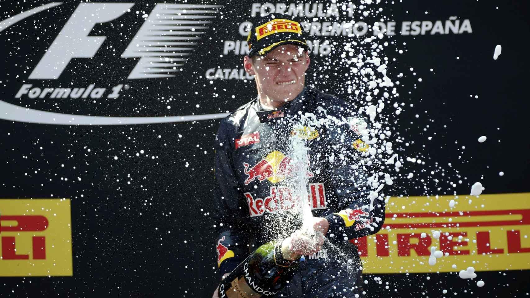 Verstappen celebra su victoria en el GP de España.