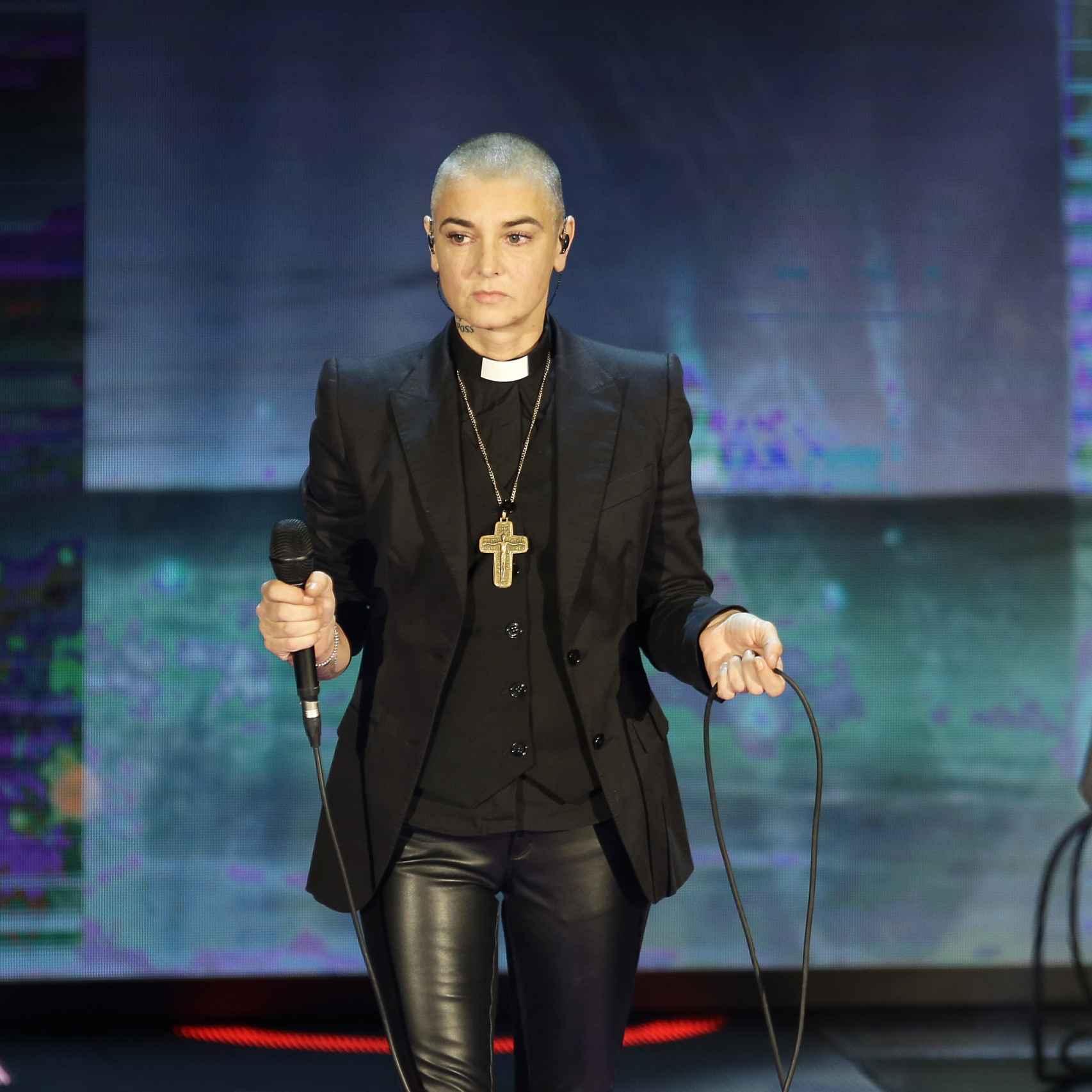 Sinead O'Connor en el programa 'Hace tiempo que' en la Rai, la televisión italiana