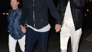 Bradley Cooper y su suegra,  juntos de concierto