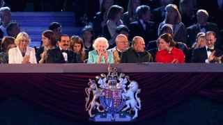 La reina Isabel II celebra su cumpleaños con Kyllie Minogue, James Blunt y Andrea Bocelli