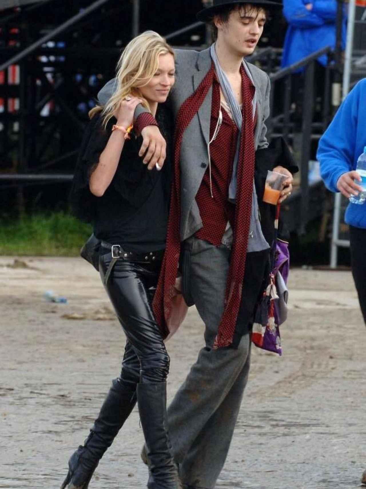 La modelo británica con su ex Peter Doherty