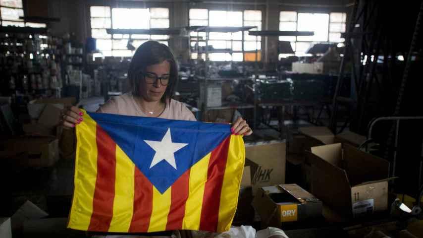 La prohibición de la Copa del Rey, el inesperado brote verde para las fábricas de esteladas en Cataluña