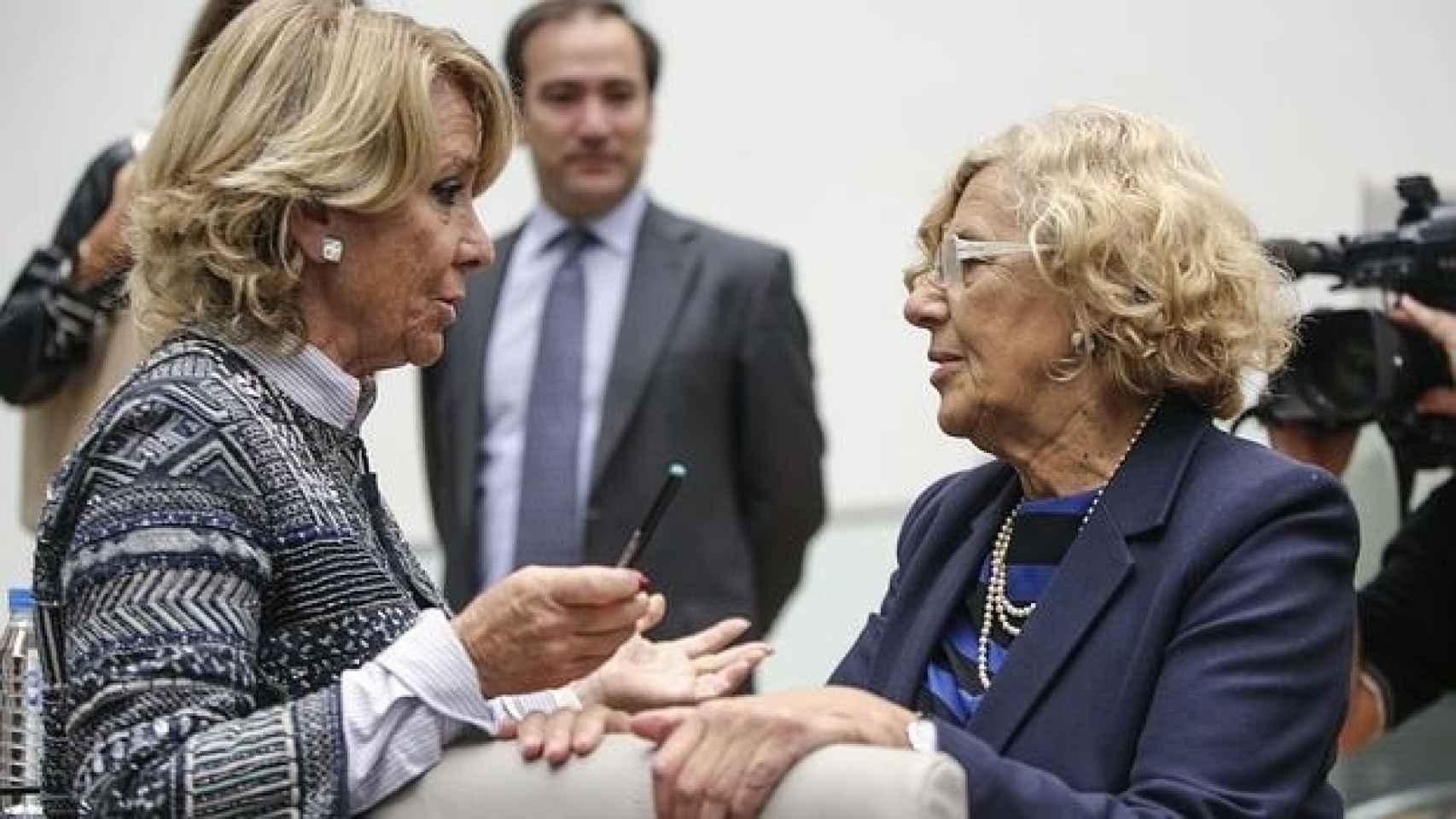 Esperanza Aguirre y Manuela Carmena, en una foto de archivo.