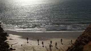 El TS avala la ordenanza que prohibe el nudismo en las playas urbanas de Cádiz