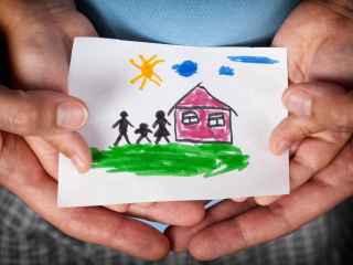 En España más de 30.000 familias esperan un niño en adopción