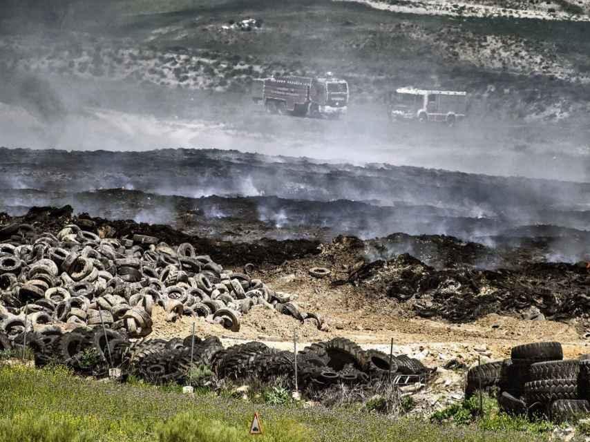 Resultado del incendio del vertedero de neumáticos de Seseña (Toledo).
