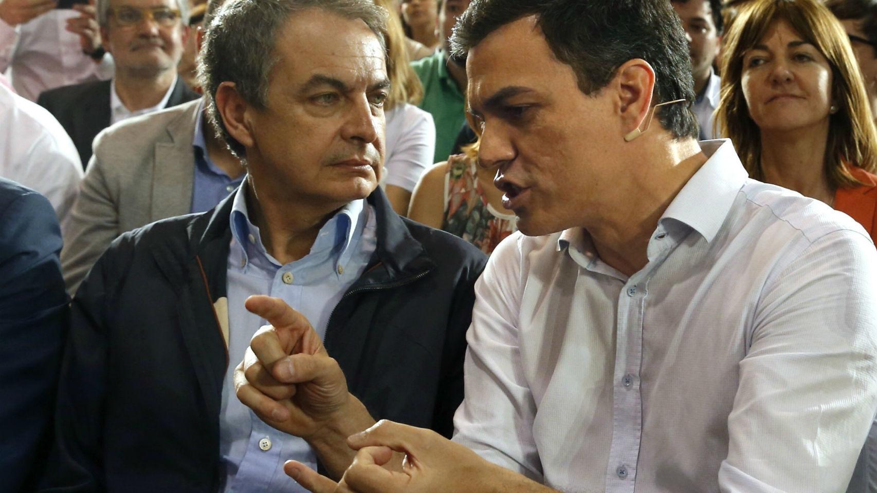 Sánchez, con el ex presidente del Gobierno, José Luis Rodríguez Zapatero.