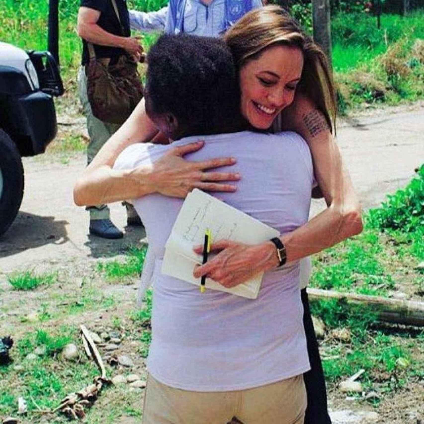 La actriz Angelina Jolie en su labor en la ONU