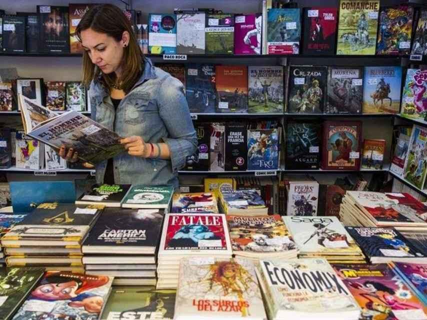 Una caseta de la Feria del Libro de Madrid, durante la anterior edición.