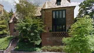 Los Obama alquilarán esta mansión tras dejar la Casa Blanca, según la prensa local.