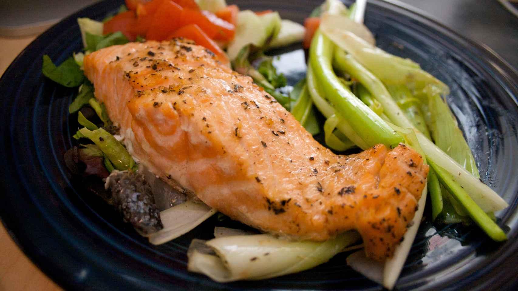 El salmón es uno de los pescados más ricos en Omega-3