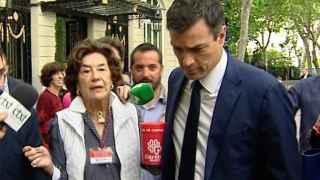La mujer que increpó a Pedro Sánchez por no donar a Cáritas es la Duquesa viuda de Maura