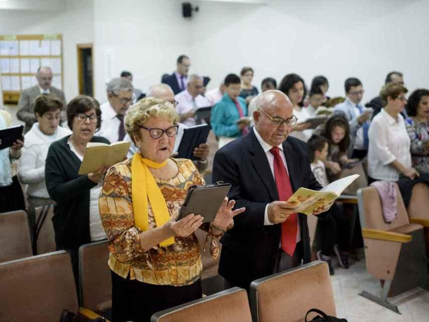 Severina Flores y Vicente Moreno son testigos de Jehová desde 1980.