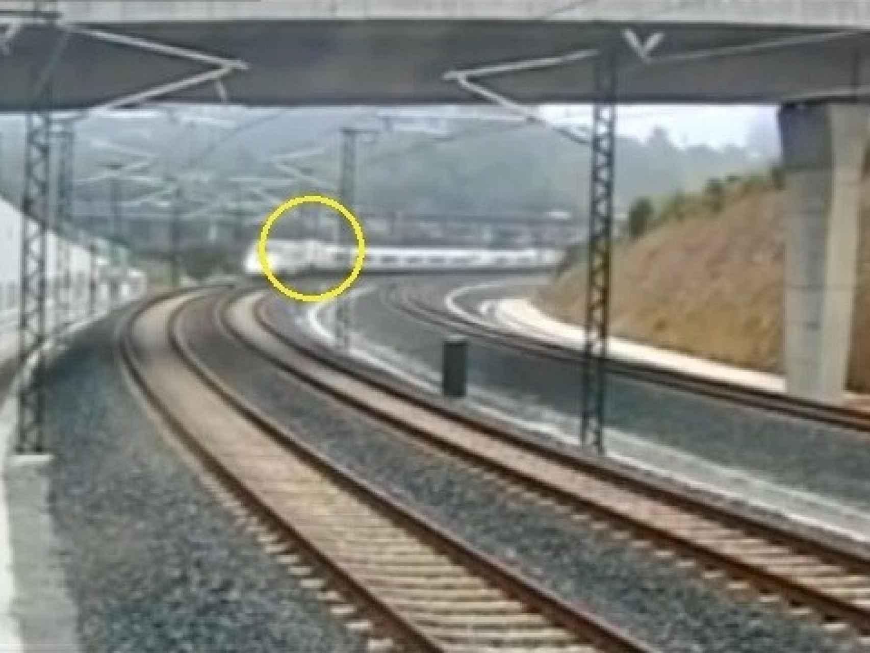 Captura 11 del vídeo del accidente del tren Alvia 730