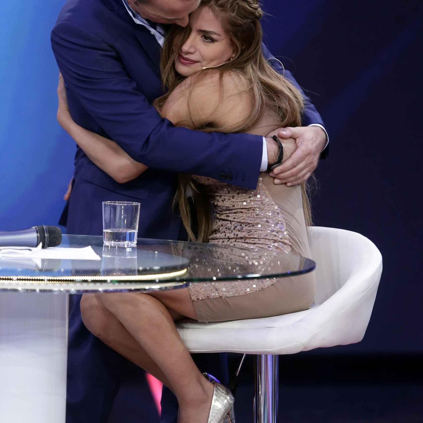 Carlos Lozano y Miriam Saavedra en el plató de 'Gran Hermano VIP'