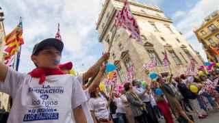 La concertada 'abraza' al gobierno valenciano para exigir diálogo