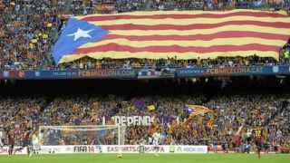 La UEFA sanciona al Barça con 150.000€ por exhibición de esteladas en el Camp Nou