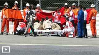 Luis Salom es evacuado del circuito (play)