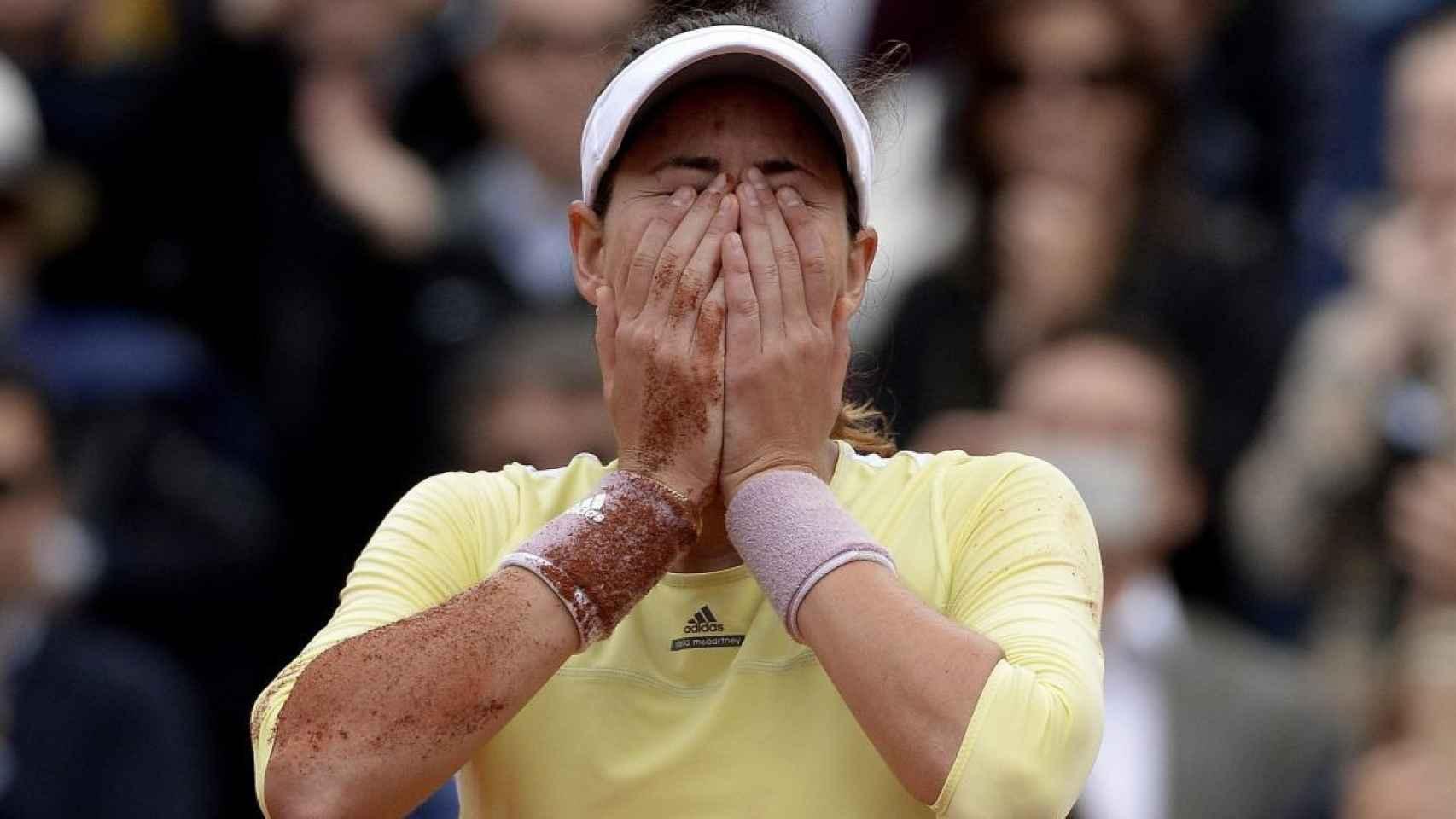 Garbiñe se ha emocionado al ganar su primer Grand Slam en París