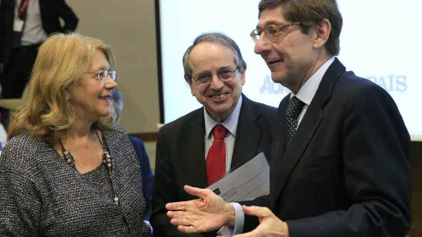 Elvira Rodríguez charla con Goirigolzarri (Bankia)