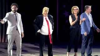 Meryl Streep parodiando a Donald Trump en el escenario del Public Theater de Nueva York