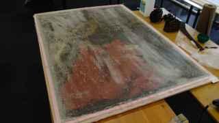 El cuadro de Xurbarán, 'San Jerónimo Penitente', espera su secado tras el desastre.