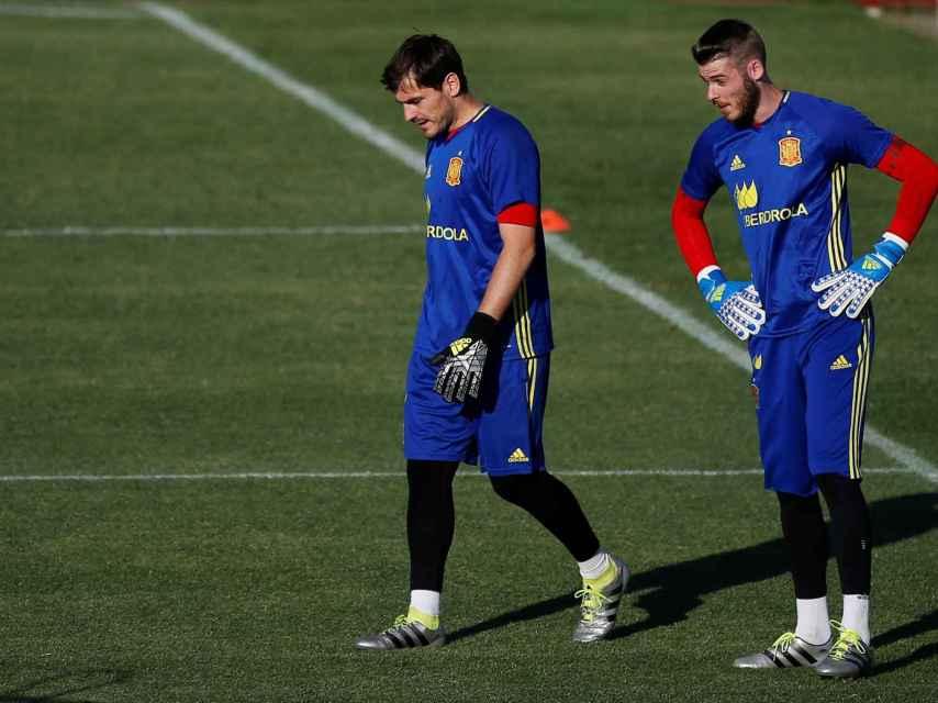 Casillas y De Gea, entrenando.