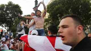 Batalla campal entre hooligans ingleses y radicales rusos