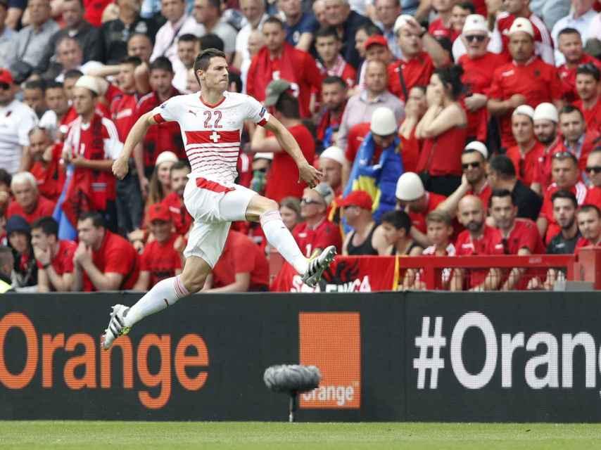 Schär celebra el gol de Suiza en la Eurocopa.