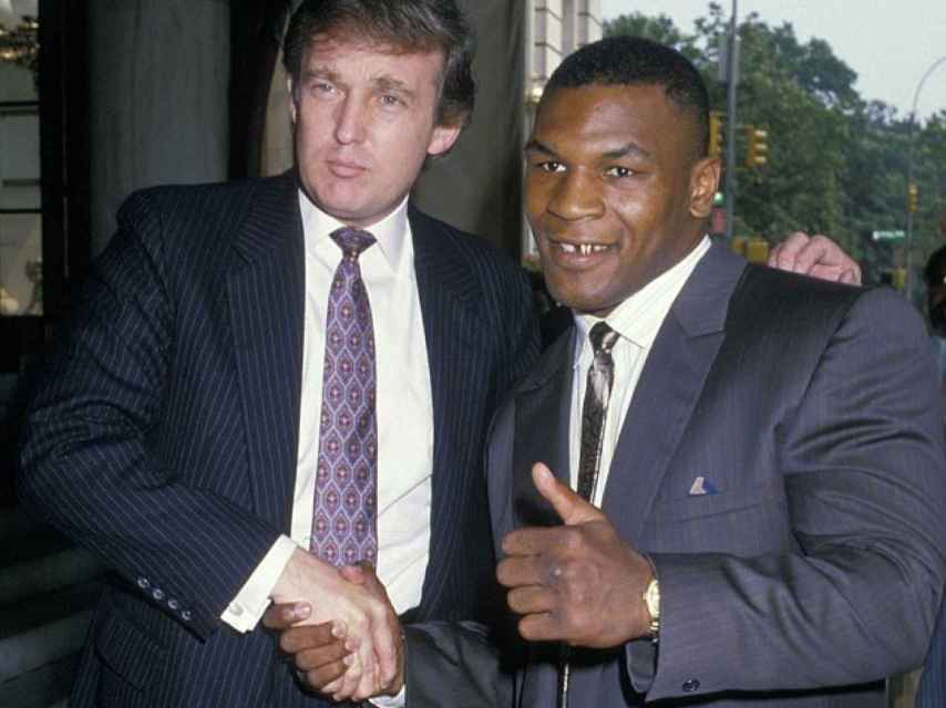 Mike Tyson con un joven Donald Trump
