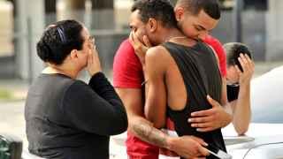La Policía de Orlando eleva a 50 los muertos y a 53 los heridos en el ataque contra el bar gay