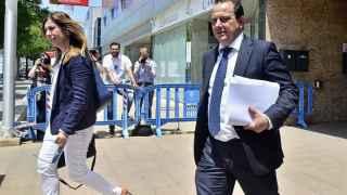 El fiscal Pedro Horrach y la fiscal Ana Lamas, a su salida de la sede de la Escuela Balear de la Administración Pública