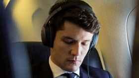 Así consiguen los auriculares cancelar el ruido externo