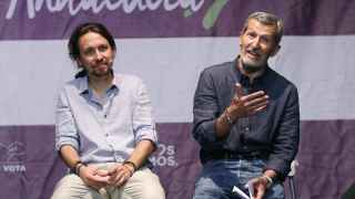 Iglesias, junto al exJEMAD socialista con Zapatero, Julio Rodríguez, este miércoles.