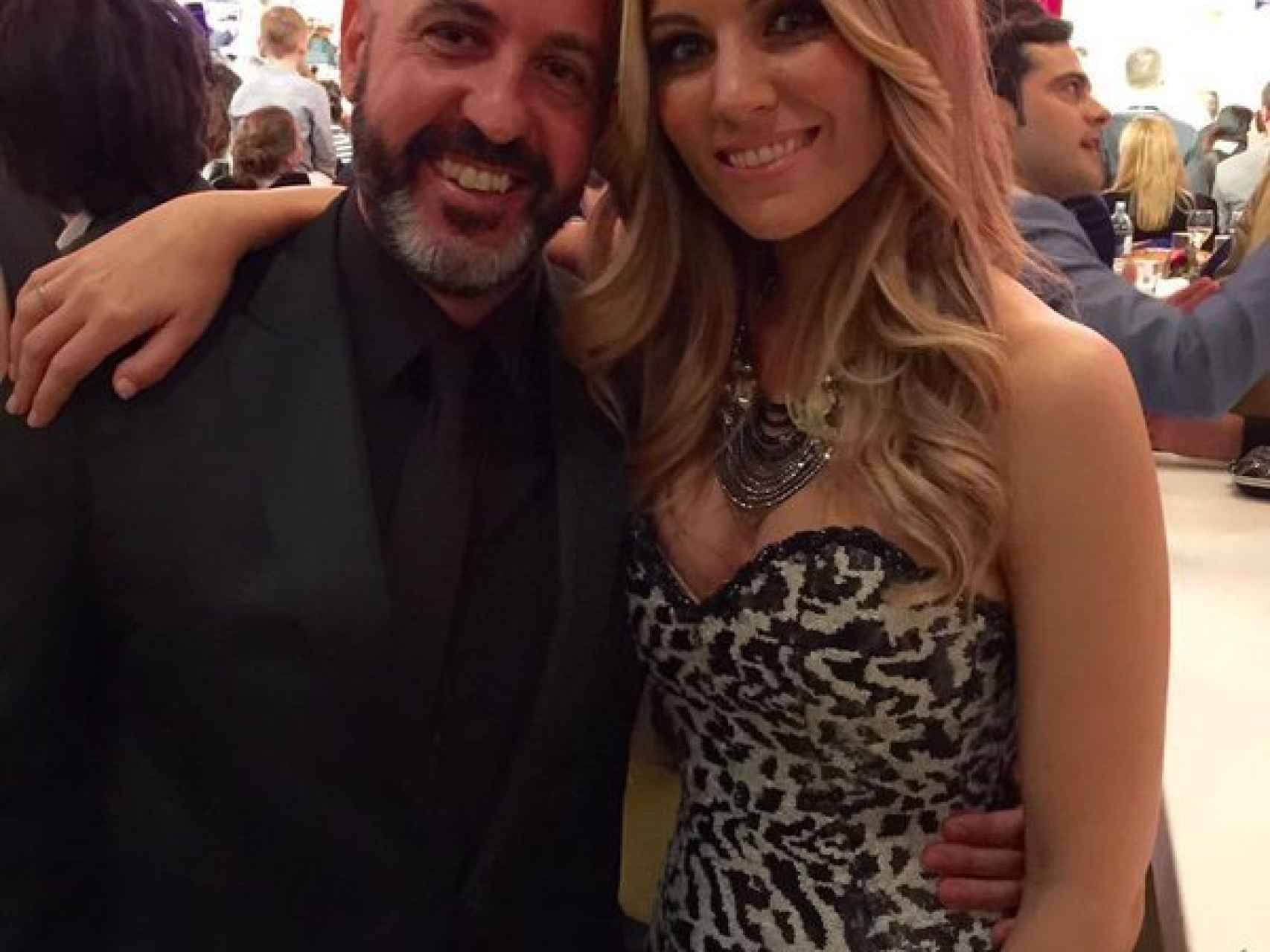 Oscar Tarruella y la cantante Edurne