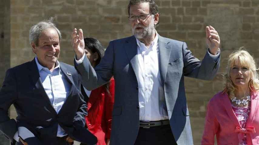 Rajoy cree que el PSOE no puede hundirse más que lo que indican las encuestas