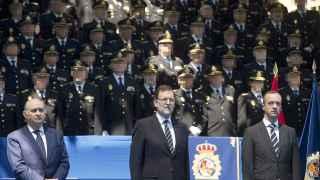 Rajoy, Fernández Díaz y Cosidó con su 'ejército de clones', según Daniel Mayrit.