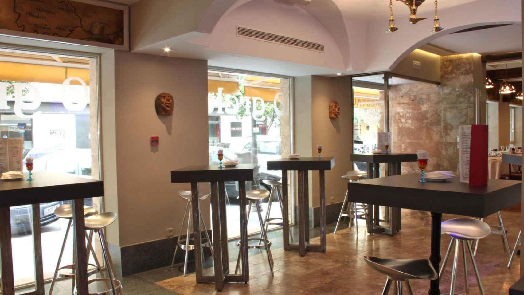 Interior del restaurante O Grelo.