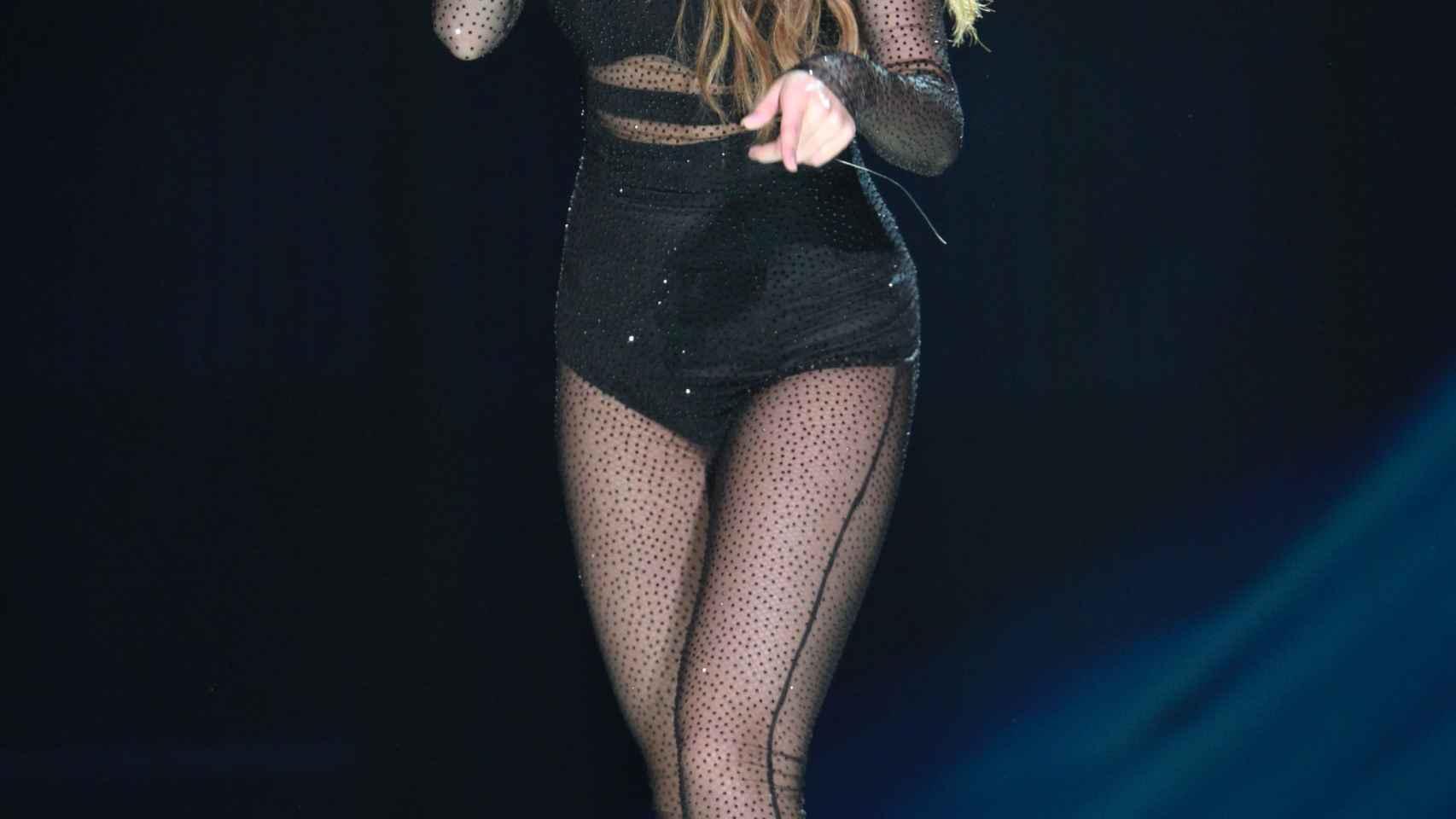 La cantante Selena Gómez en una de sus actuaciones