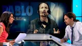 Ana Pastor y Pablo Iglesias durante el transcurso de la entrevista en 'El Objetivo'.