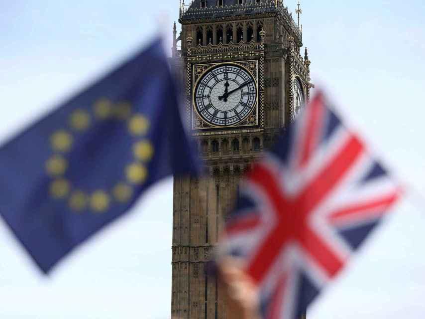 Las solicitudes de residencia permanente se han disparado desde el referendo.