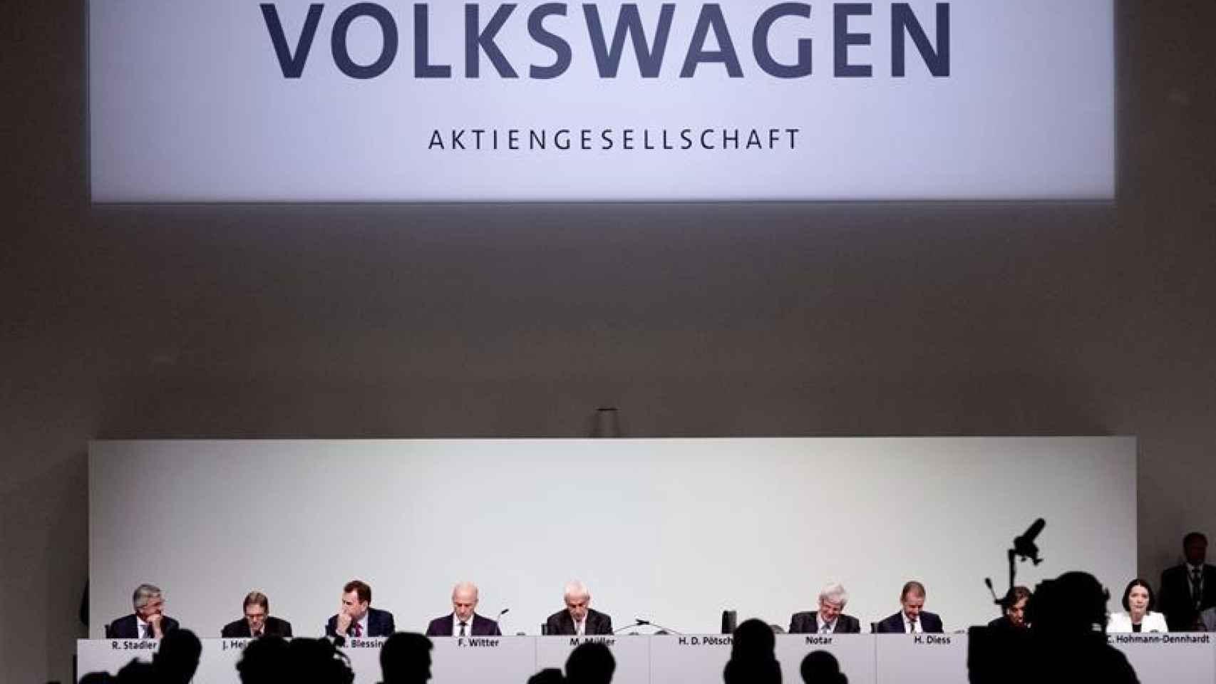 Autorizan a Volkswagen para revisar un millón de vehículos más