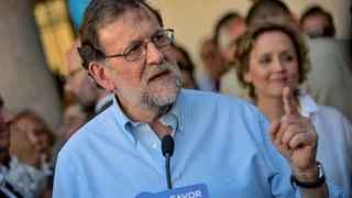 Mariano Rajoy, durante un encuentro con afiliados de La Puebla de Montalbán.