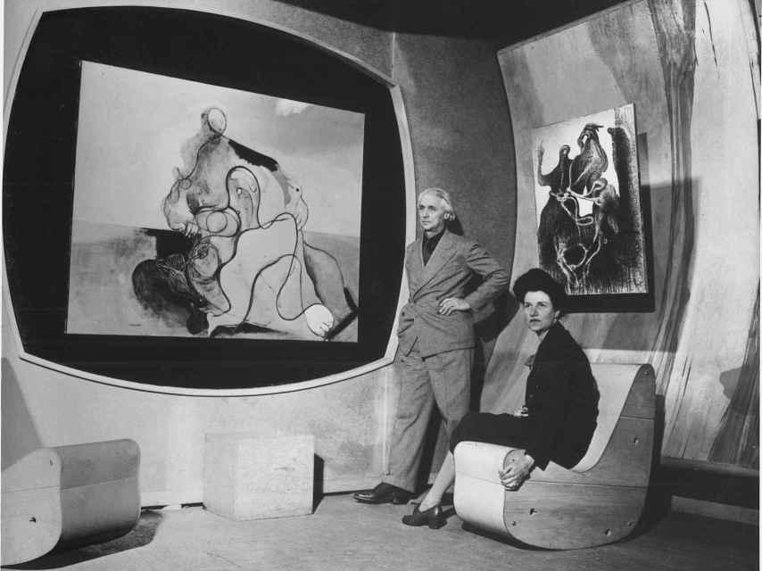 Max Ernst y Peggy Guggenheim en 1943.