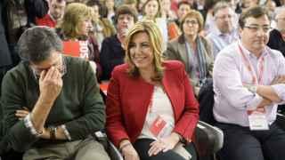 Javier Fernández, Susana Díaz y Guillermo Fernández Vara en un Comité Federal del PSOE.