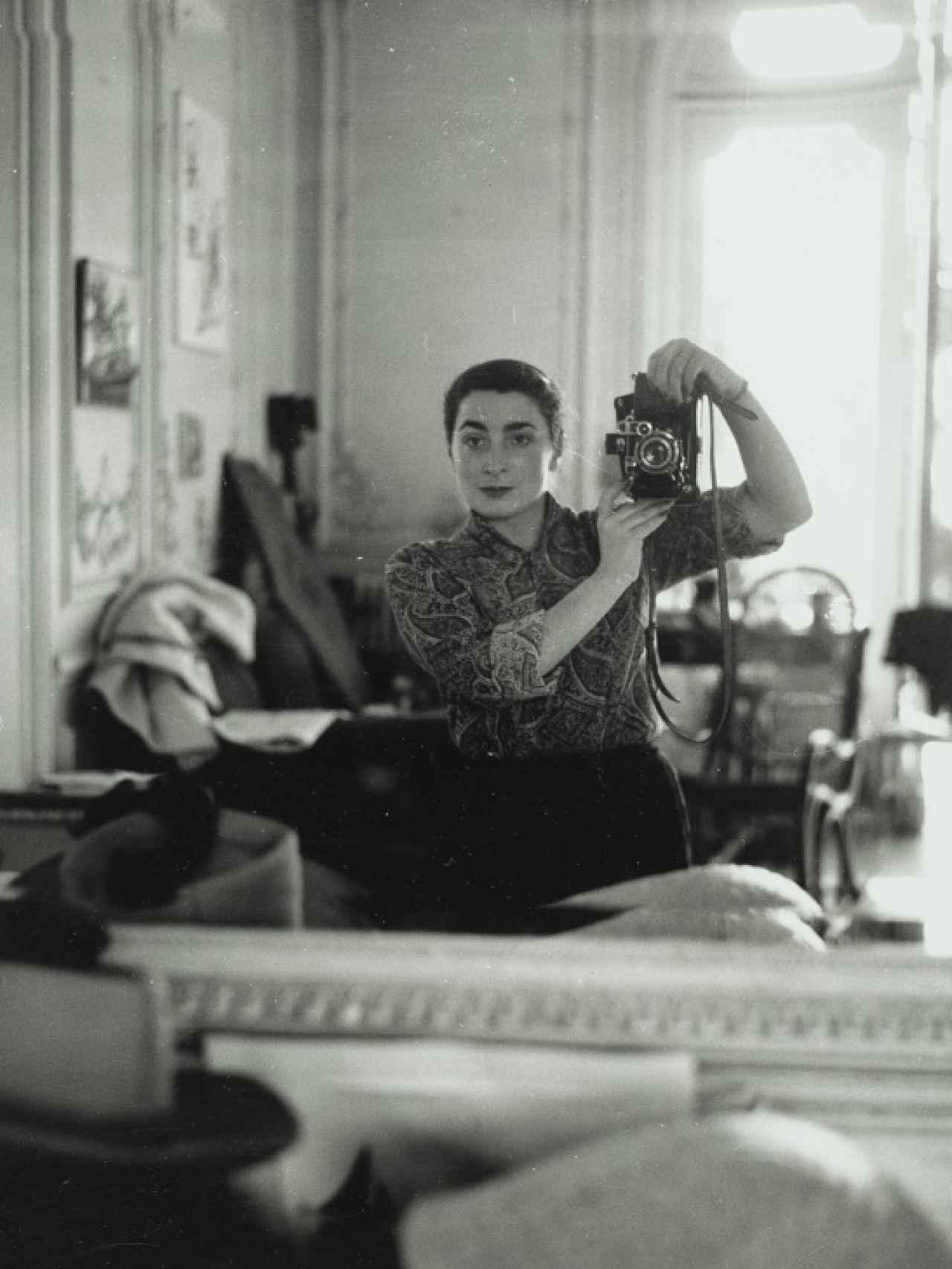Autorretrato de Jacqueline, en Cannes, 1956.