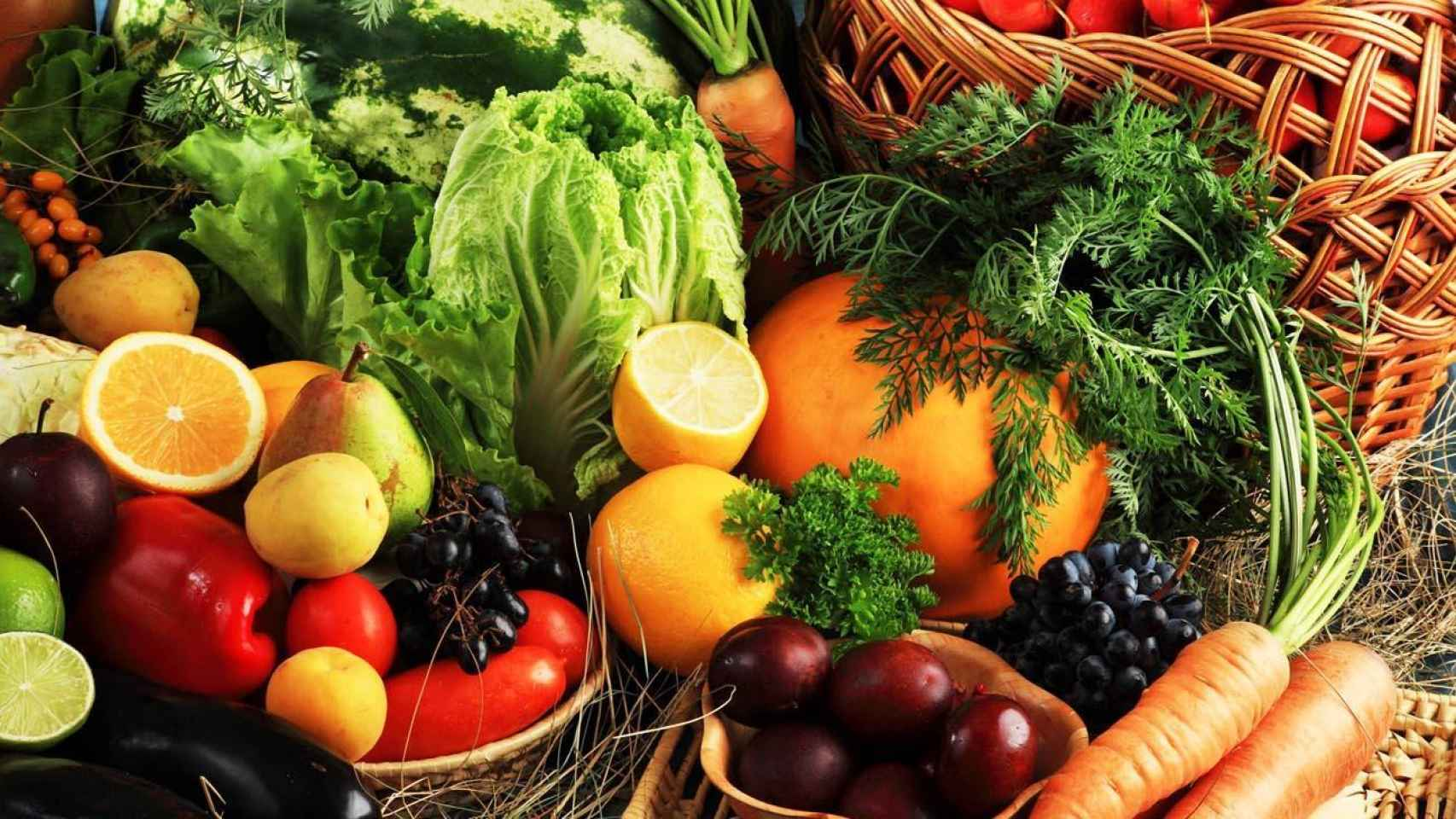 Cada fruta y verdura tiene su estación. Compra según la temporada en la que estemos.