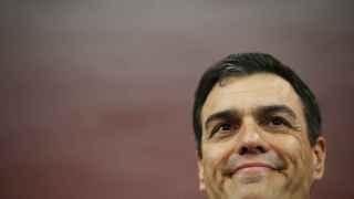 Pedro Sánchez en la sede del PSOE este domingo.