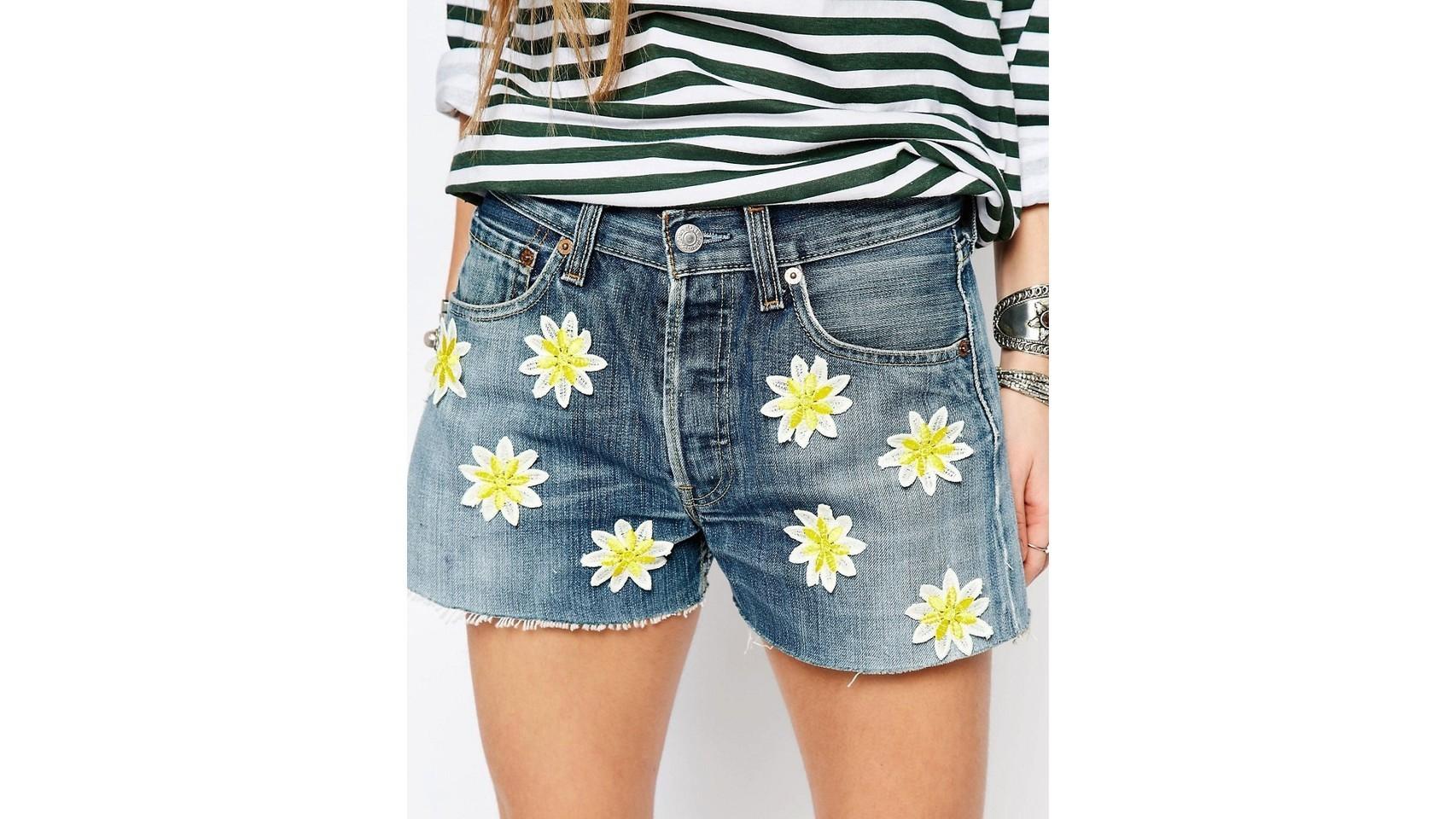 Shorts Denim con flores de Reclaimed Vintage.