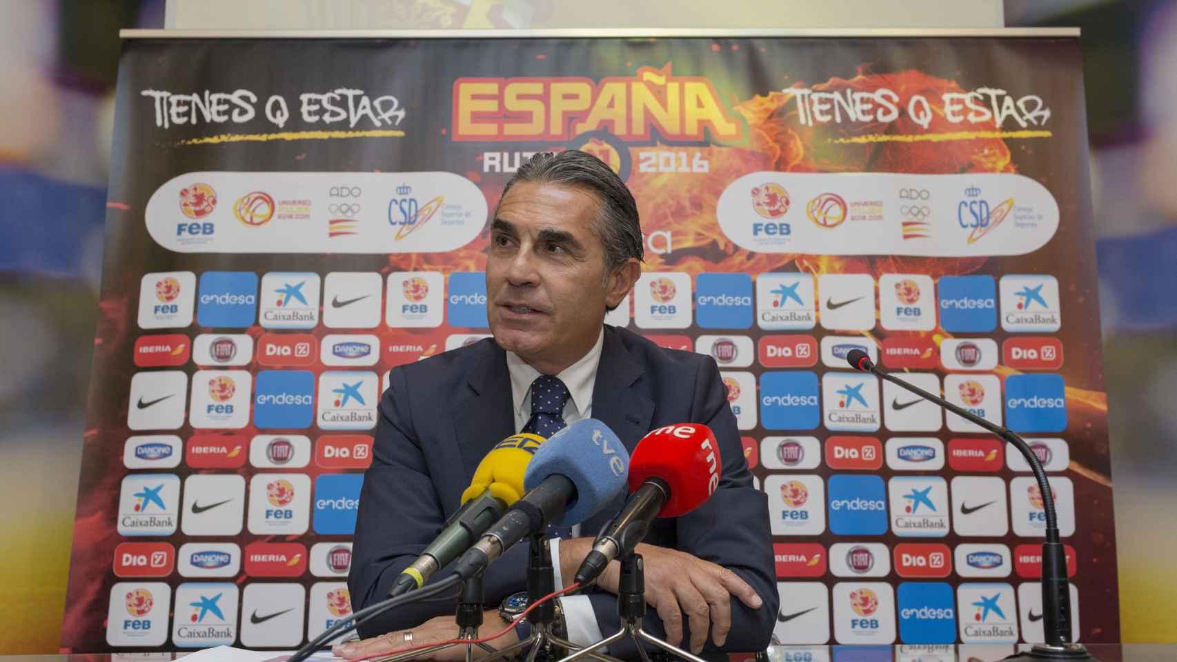 Sergio Scariolo durante el anuncio de la preconvocatoria.